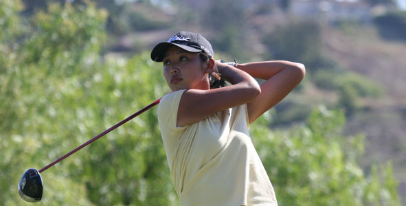 Esther Lee takes Girls Division lead