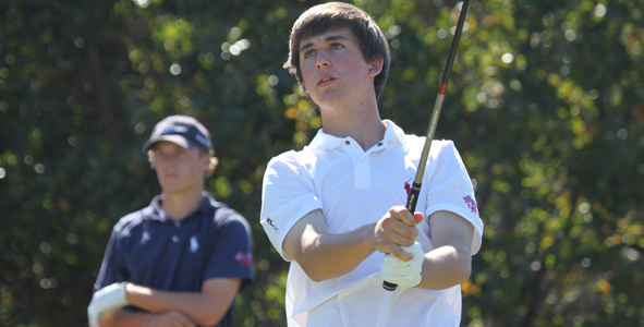 Day 1: Schniederjans Leads Boys