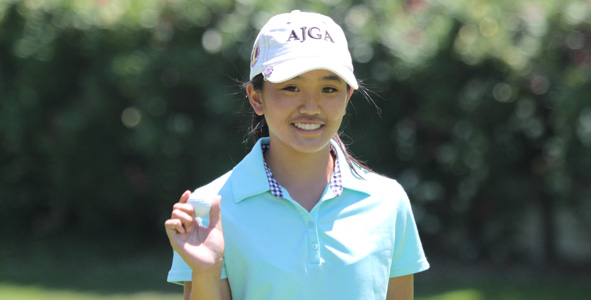 One round, two hole-in-ones