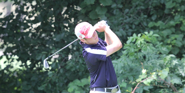 Carlson leads after carding a first round 5-under-par 67