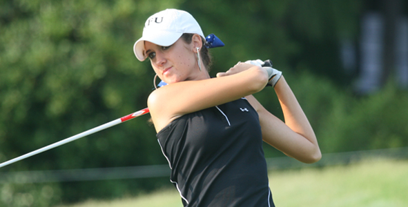 Emrey takes lead after second round