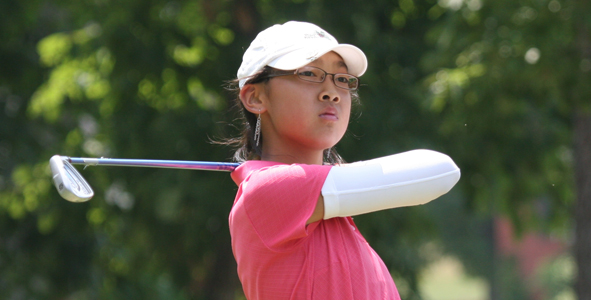 Mao leads into second round