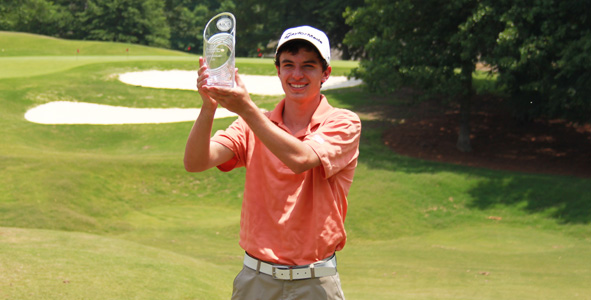 Jones medals at the Preseason Junior at Ch�teau �lan