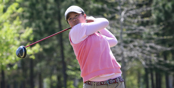 Yin sits atop Girls Division leaderboard