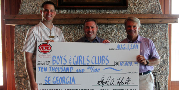 AJGA gives back