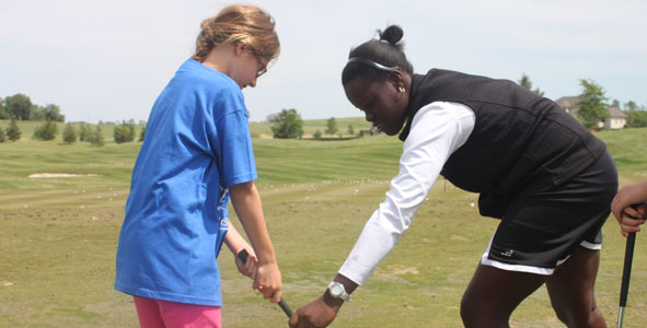 Juniors lend a helping hand to The First Tee